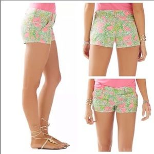 Lilly Pulitzer Walsh Short in Hot Wings Flamingo